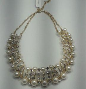 Beautiful Gold-Tone Pearl Drama Necklace
